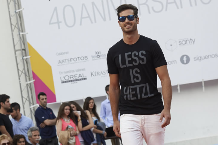 Carlos Maturana John Ramos wearing LESS IS HETZL - BLACK design tee